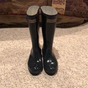 Hunter Dark blue tall rain boots size 2